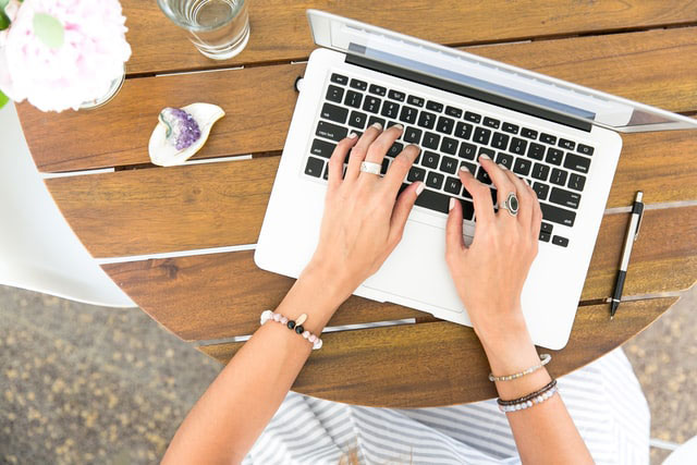 Blogging for fun or for a side income